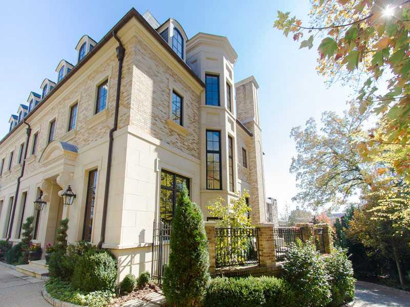 Luxury Townhomes Condo Living In Atlanta Got A Million