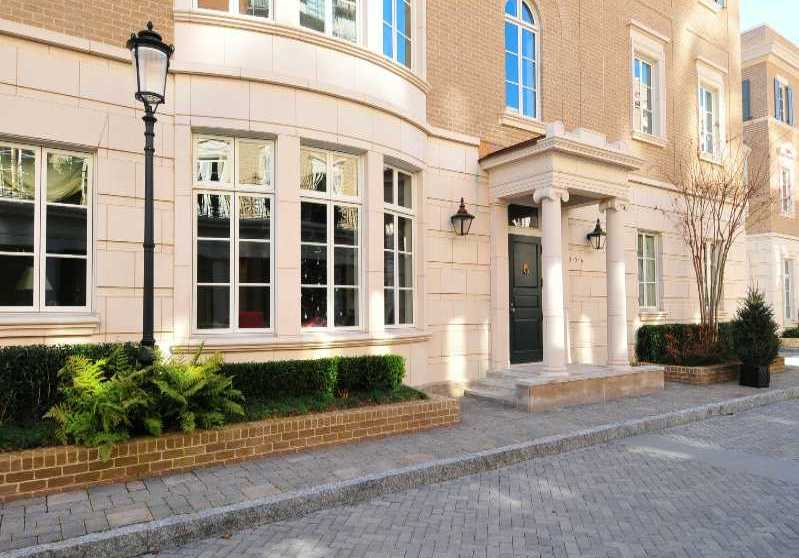 Luxury townhomes condo living in atlanta got a million for Luxury townhomes for sale