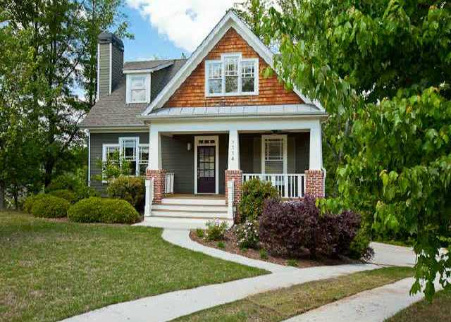 Craftsman style homes in the neighborhood of village walk for Atlanta craftsman homes